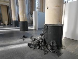Plan B, ceramics, 100 x 150 x 110 cm, 2010