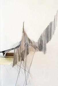 Zonder titel, 2018, potlood, acrylverf, ijzerdraad, collage op papier, 25x38cm